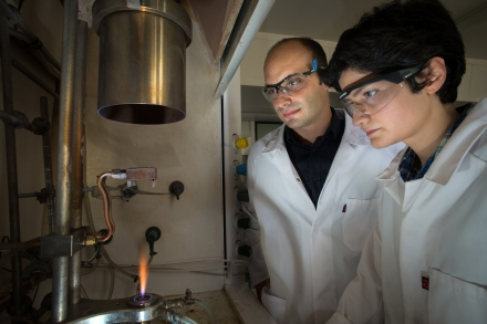 Antonio and Noushin in Lab